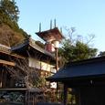 薬王寺境内