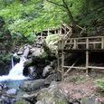 滝上の木道